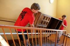 Cheap movers Using The Stairs